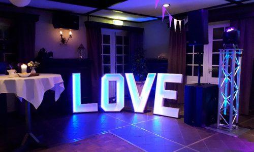 liefde-bruiloft-draaiboompje-moergestel